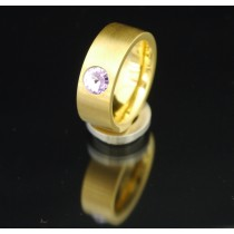 8mm PVD Gold Edelstahlring mit Swarovski Elements Fb. Violet light