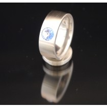 8mm Edelstahlring mit Swarovski Elements Fb. Light Sapphire