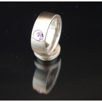 8mm Edelstahlring mit Swarovski Elements Fb. Violet light